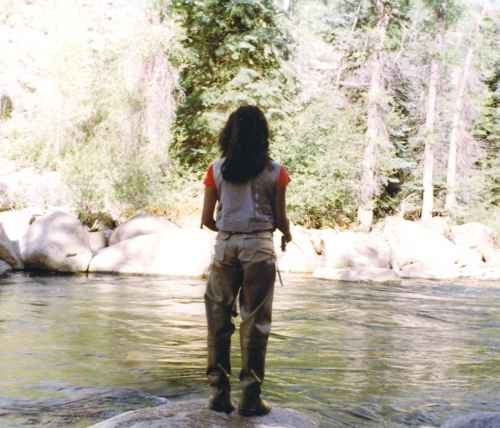 1000 images about i 39 d rather be fishing on pinterest for Fly fishing girls